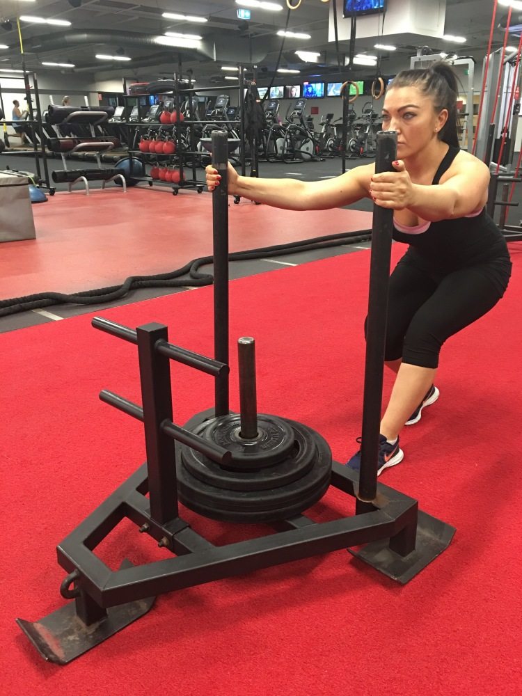 Fitness benefits of using the sled Strong Fit Well