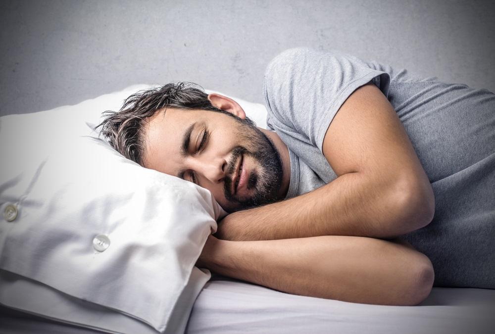 Sleeping man Shutterstock Strong Fit Well