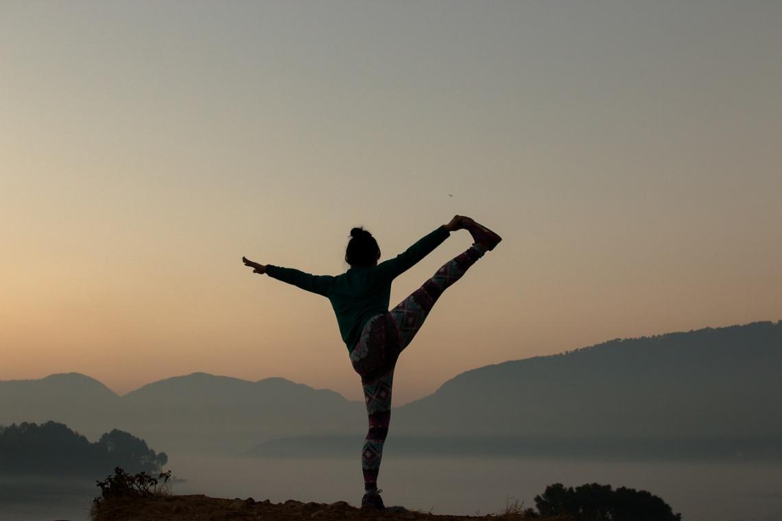 yoga-2383964_1280