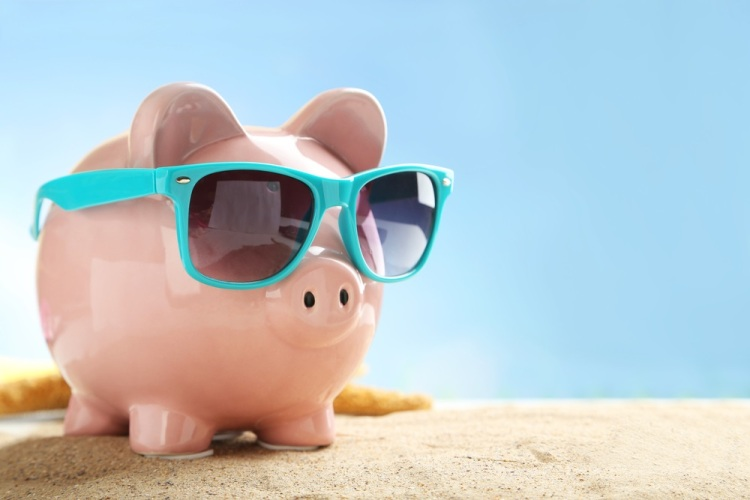 Piggy bank sunglasses Shutterstock Strong Fit Well