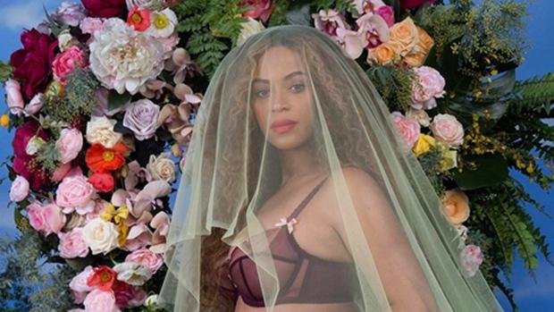 BeyoncePregnant