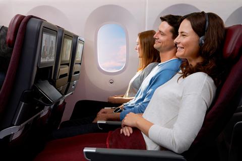 qantas economy dreamliner